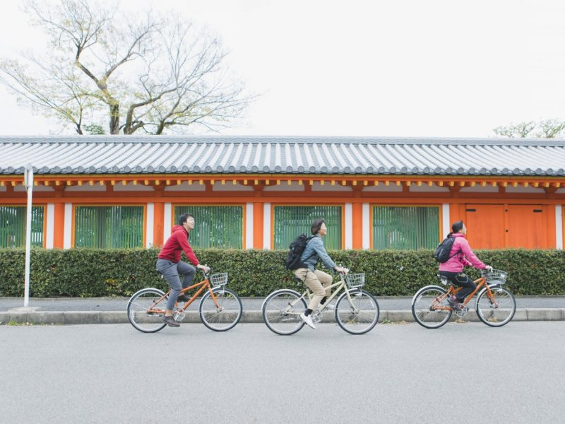 Fushimi Inari Shrine & Sanjusangen-do Temple Half Day Cycling Tour at KCTP